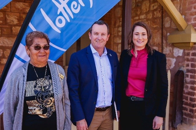 Premier Mark McGowan visits Coolgardie